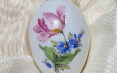 Miniaturei Vintage mit Tulpe / Meissen